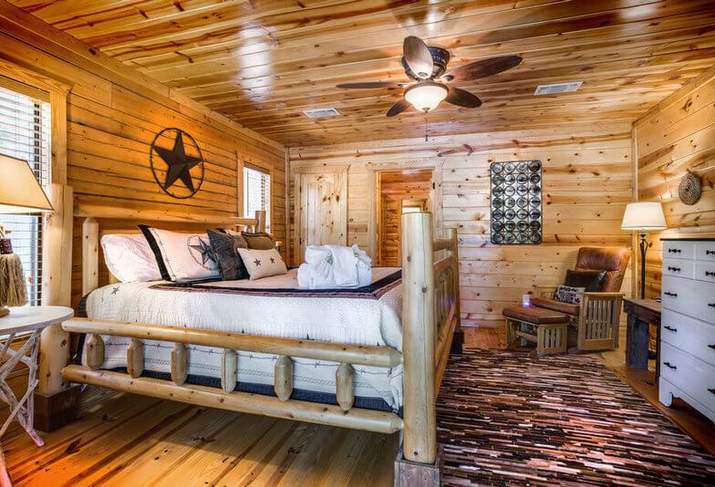 3 Bedroom Luxury Cabin in Broken Bow