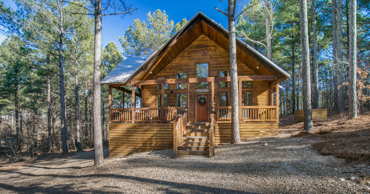 Woodland Escape - Luxury 1 Bedroom Cabin in Broken Bow, Pet-Friendly