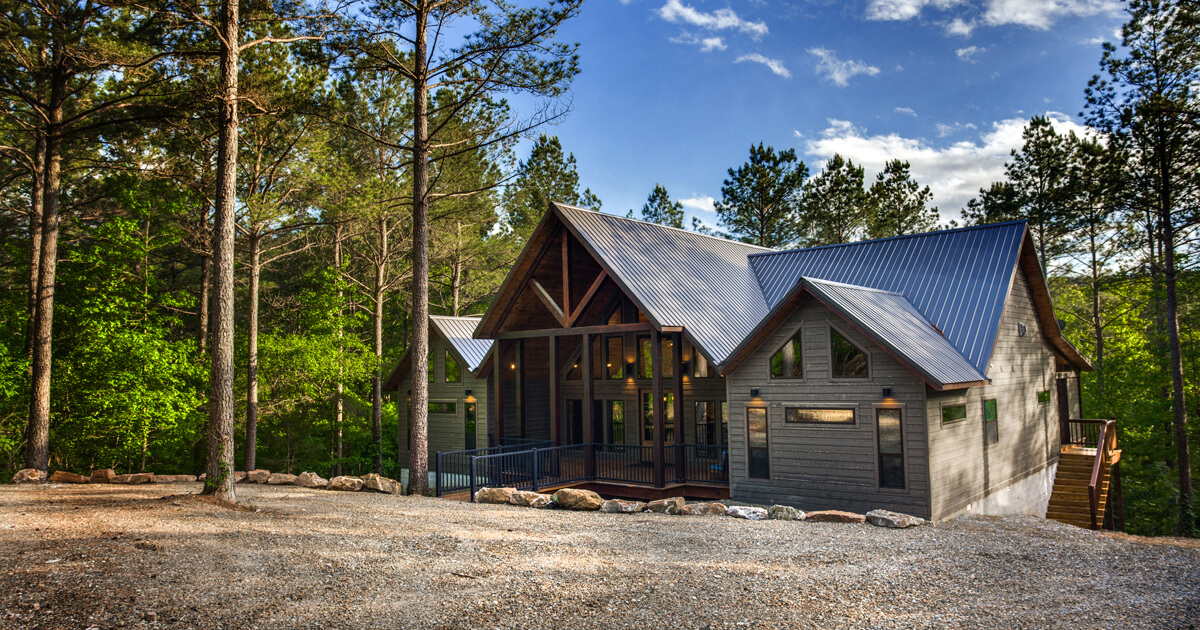 Broken Bow Luxury Cabins - Cover